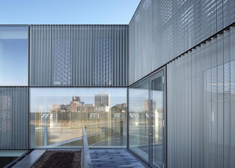Curtain-Road-extension-by-Duggan-Morris-Architects_dezeen_ss_8